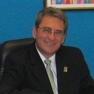 Dr. Ricardo Lungo Esquivel